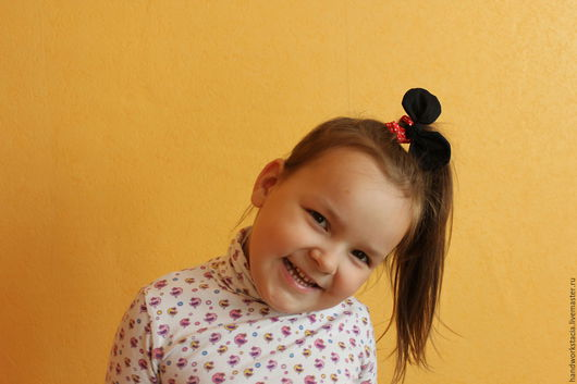 Детская бижутерия ручной работы. Ярмарка Мастеров - ручная работа. Купить Резинка для волос. Handmade. Комбинированный, резинка ручной работы