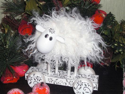 Игрушки животные, ручной работы. Ярмарка Мастеров - ручная работа. Купить Овца на счастье :) Породы Тексель.. Handmade. Белый