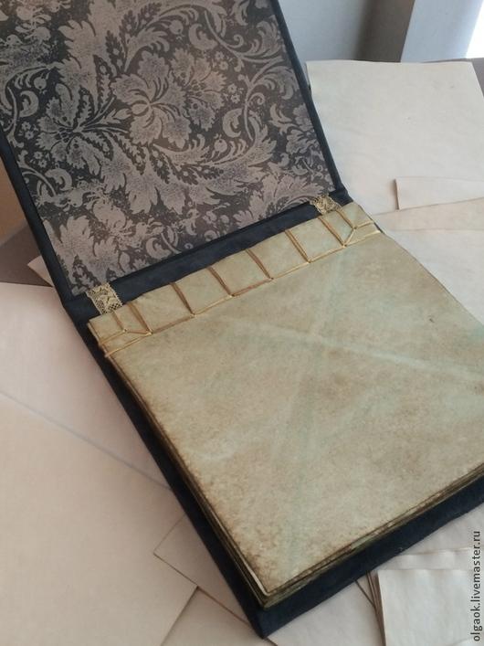 """Блокноты ручной работы. Ярмарка Мастеров - ручная работа. Купить Блокнот-планшет """"Mist"""". Handmade. Серый, замша, шёлковые нити"""
