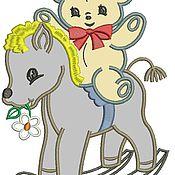 Дизайн и реклама ручной работы. Ярмарка Мастеров - ручная работа лошадка качалка и мишка апликация дизайн машинной вышивки. Handmade.