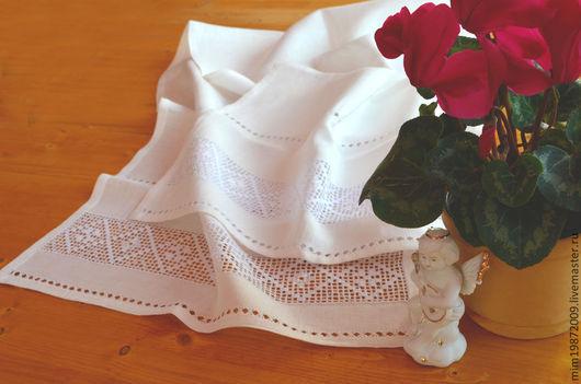 рушник белый льняной с вышивкой белым по белому, строчевая вышивка, вышивка узоров, украшение для стола, дорожка на стол, полотенце льняное, Пасха, эко дом, русский стиль, снежинка