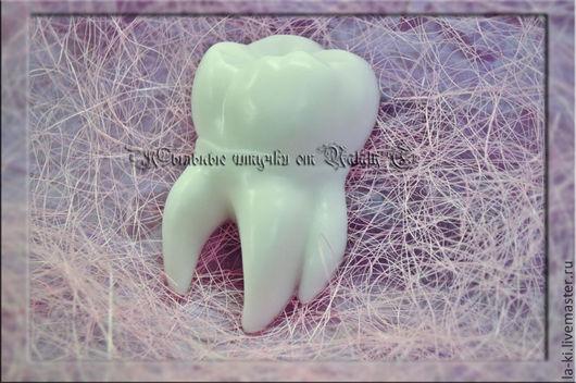 """Мыло ручной работы. Ярмарка Мастеров - ручная работа. Купить Мыло """"Зуб"""". Handmade. Белый, зубок, подарок врачу"""