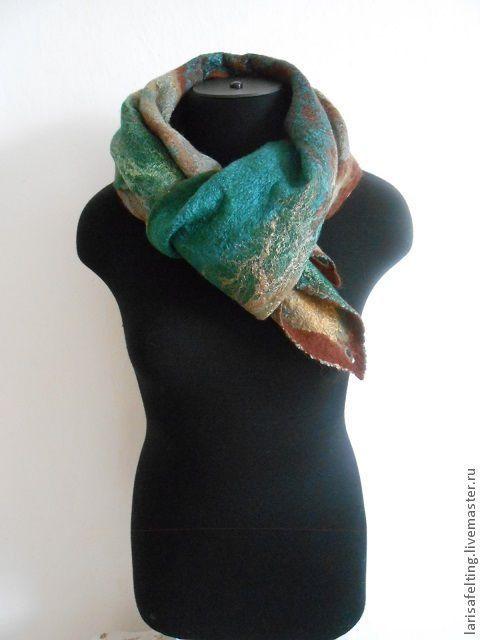 """Шарфы и шарфики ручной работы. Ярмарка Мастеров - ручная работа. Купить Валяный шарф """"Осенний"""". Handmade. Тёмно-зелёный"""