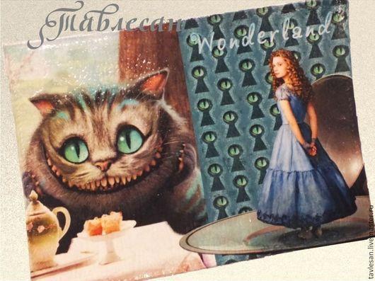 """Обложки ручной работы. Ярмарка Мастеров - ручная работа. Купить Обложка для паспорта  """"Алиса и Чеширский кот"""" кожа. Handmade."""