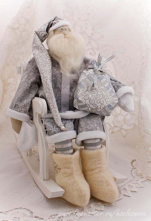 Новый год 2017 ручной работы. Ярмарка Мастеров - ручная работа. Купить Тильда Санта Серебро. Handmade. Серебряный, дед мороз