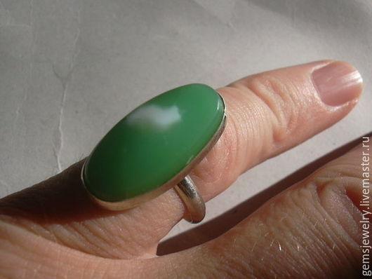 Кольца ручной работы. Ярмарка Мастеров - ручная работа. Купить Элегантное кольцо ХРИЗОПРАЗ,серебро 925.. Handmade. Мятный