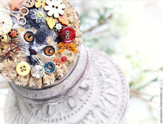 кот, осень, оранжевый, горчичный, рыжий, желтый, брошь купить недорого новинка италия ярмарка мастеров, купить бужутерия, конкурс коллекций, цветы, серебро, камни Сваровски купить, брошь подарок серый
