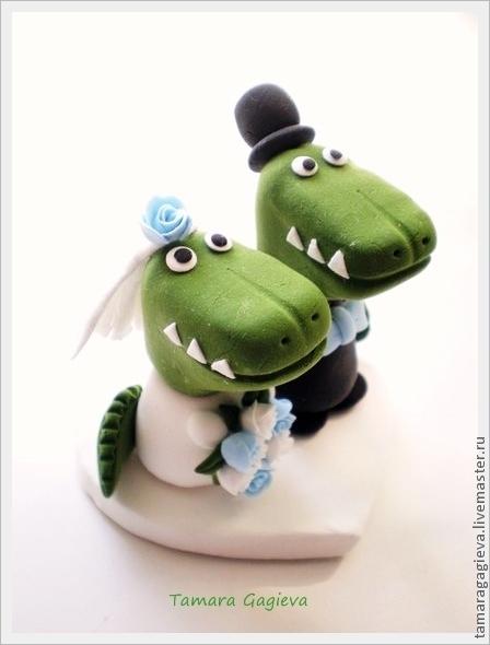 Свадебные аксессуары ручной работы. Ярмарка Мастеров - ручная работа. Купить Фигурка на свадебный торт Крокодильчики. Handmade. Зеленый, свадьба