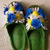 Обувь ручной работы. Ярмарка Мастеров - ручная работа Тапочки-шлепки валяные из шерсти Привет ромашки......... Handmade.
