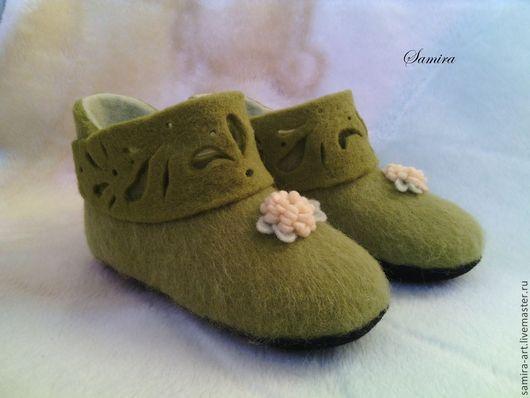 """Обувь ручной работы. Ярмарка Мастеров - ручная работа. Купить Валеночки детские домашние """"Camellia"""". Handmade. Салатовый, детские валенки"""