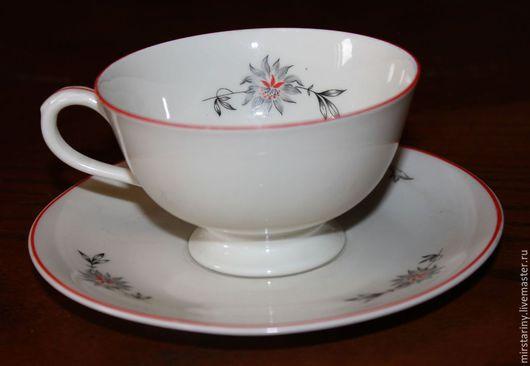 Винтажная посуда. Ярмарка Мастеров - ручная работа. Купить Красивая чайная пара,украшенная нежными цветами, Чехословакия. Handmade. Белый