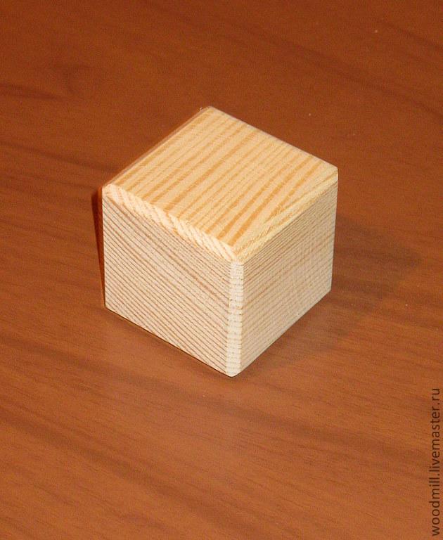 Кубик из дерева