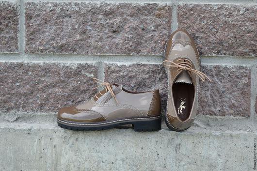 Обувь ручной работы. Ярмарка Мастеров - ручная работа. Купить Оксфорд бежево-коричневый на треке. Handmade. Коричневый, удобная обувь