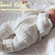 Работы для детей, ручной работы. Ярмарка Мастеров - ручная работа Костюм для новорожденного (вязаная кофточка,штанишки,пинетки). Handmade.