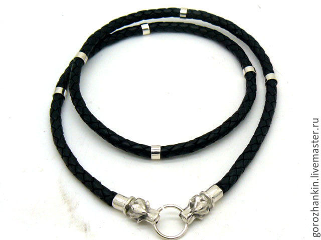 Choker, cord on a neck thickness of 5 mm from braided leather with rings and kontsevikom and the lock in the form of a head of a wolf - a gift to the guy to the man for New year, birthday, February 23