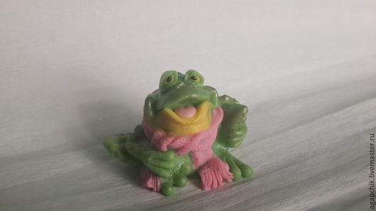 """Мыло ручной работы. Ярмарка Мастеров - ручная работа. Купить Мыло""""Лягушонок Веня"""". Handmade. Зеленый, лягушки, оригинальный подарок, веселый"""