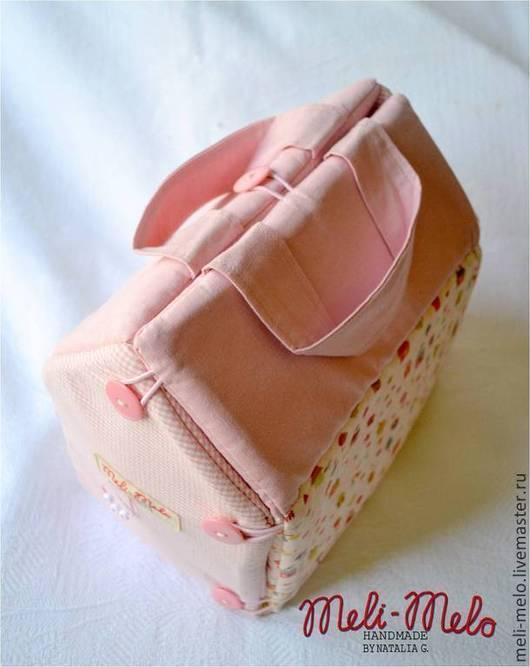Детская ручной работы. Ярмарка Мастеров - ручная работа. Купить Домик- сумочка.. Handmade. Розовый, именной подарок, одеяло, карман