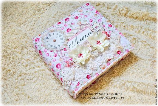 Подарки для новорожденных, ручной работы. Ярмарка Мастеров - ручная работа. Купить Альбом для девочки (первый годик). Handmade. Бледно-розовый