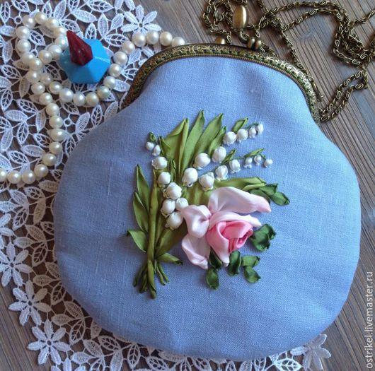 """Женские сумки ручной работы. Ярмарка Мастеров - ручная работа. Купить сумочка на цепочке """"Ландыши с розой"""". Handmade. Голубой, ландыши"""