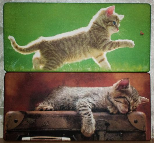 """Кухня ручной работы. Ярмарка Мастеров - ручная работа. Купить """"Котёнок, спящий на чемодане и гуляющий"""" Разделочная доска панно. Handmade."""