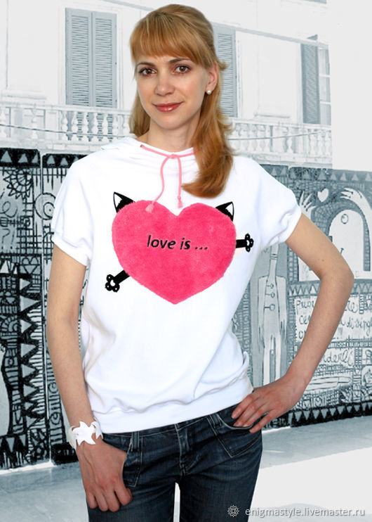 White women's t-shirt Love is, loose t-shirt with a hood, seals, T-shirts, Novosibirsk,  Фото №1
