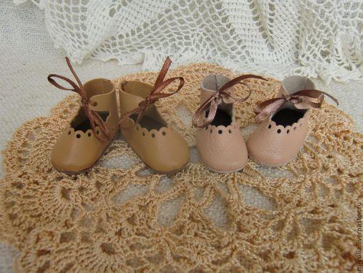 Одежда для кукол ручной работы. Ярмарка Мастеров - ручная работа. Купить Туфли на завязках с фестонами. Кожа. Обувь для кукол и мишек тедди.. Handmade.