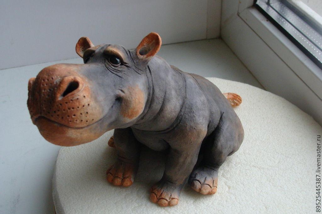 Бегемотик из глины
