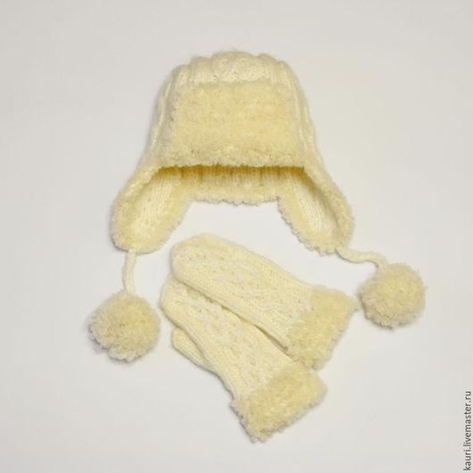 Шапки ручной работы. Ярмарка Мастеров - ручная работа. Купить Комплект вязаный женский - шапка-ушанка и варежки спицами. Handmade.