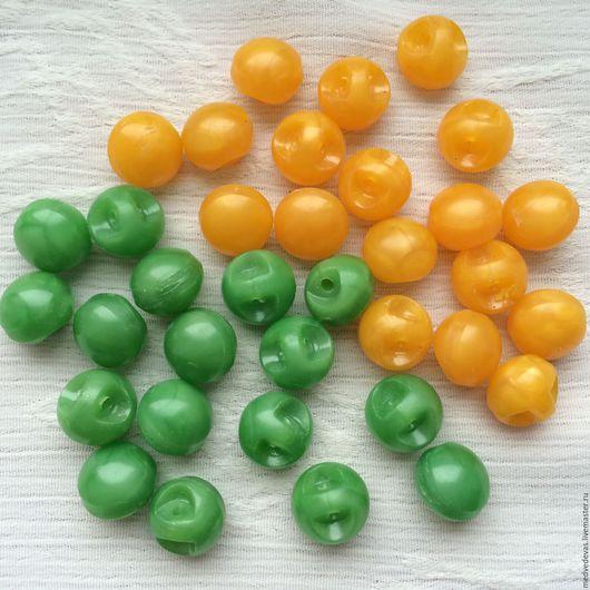 Шитье ручной работы. Ярмарка Мастеров - ручная работа. Купить Круглые пластиковые пуговицы. Handmade. Желтый, зеленый, пластик, шитье