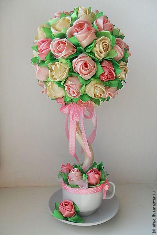 Топиарий из лент розы