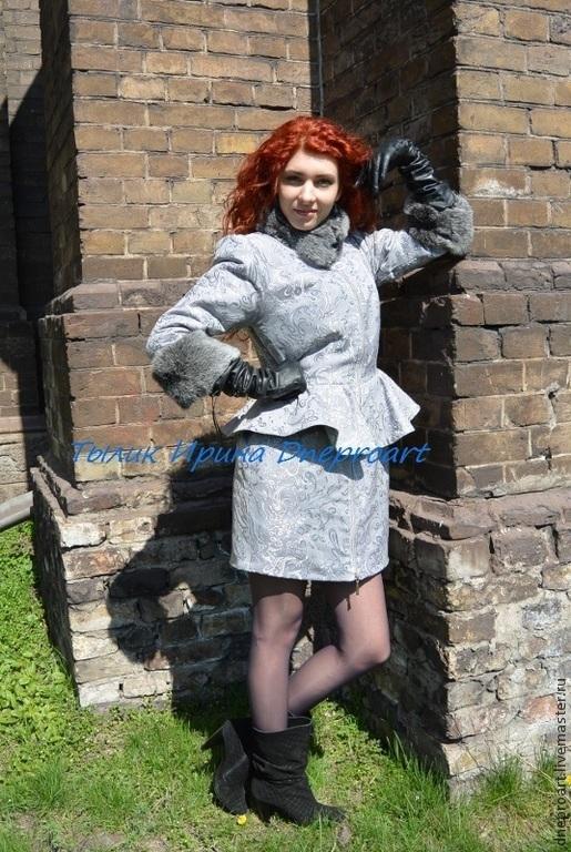 Верхняя одежда ручной работы. Ярмарка Мастеров - ручная работа. Купить Пальто с баской и отделкой из меха кролика серебро. Handmade.