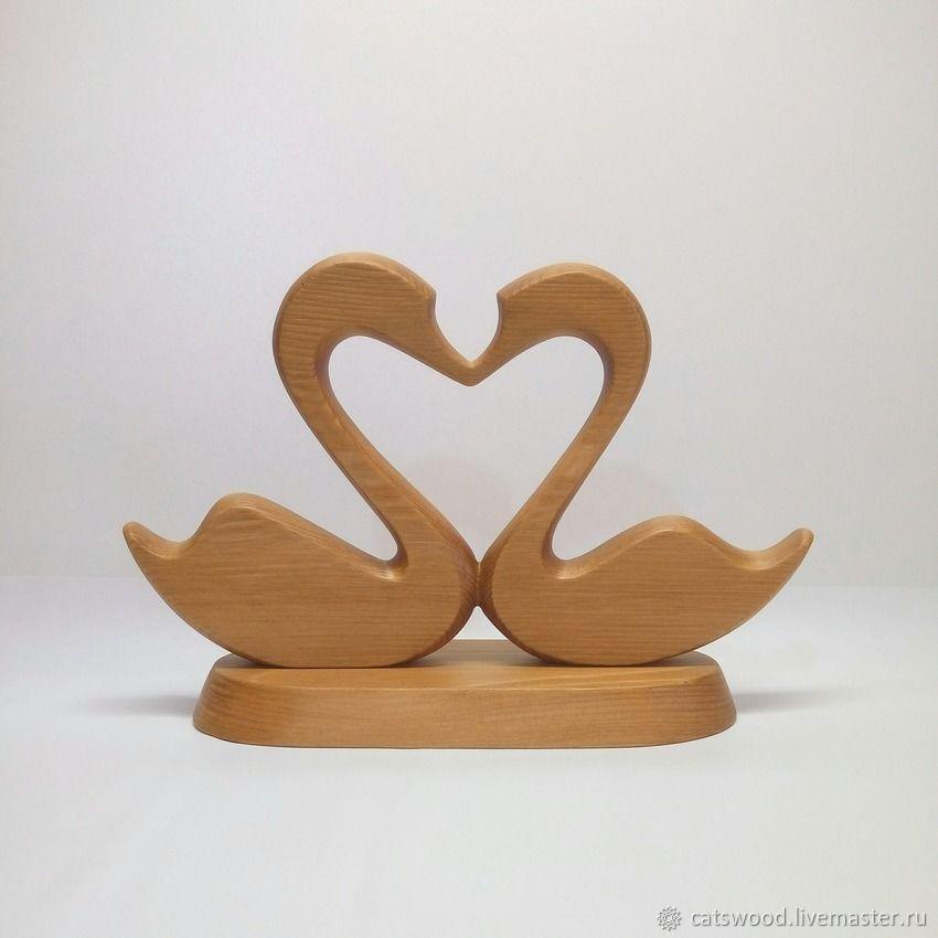 Wooden Swan Love Sculpture