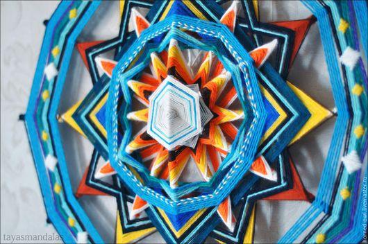 Индейская мандала Татьяны Сычевой `Движение с потоком`. 50 см, шерсть