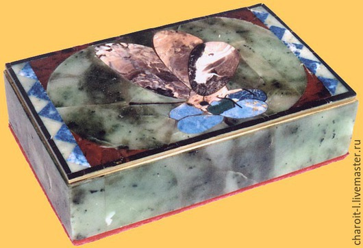 Шкатулки ручной работы. Ярмарка Мастеров - ручная работа. Купить Шкатулка из уральских самоцветов Бабочка. Handmade. Разноцветный, шкатулка