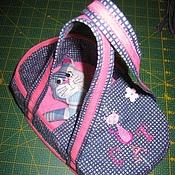 Куклы и игрушки ручной работы. Ярмарка Мастеров - ручная работа Игрушка в сумке - переноске (карманный котик). Handmade.