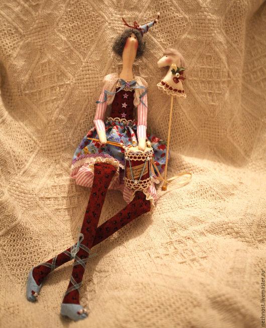Куклы Тильды ручной работы. Ярмарка Мастеров - ручная работа. Купить Циркачка с барабаном и лошадкой.. Handmade. Комбинированный, барабан