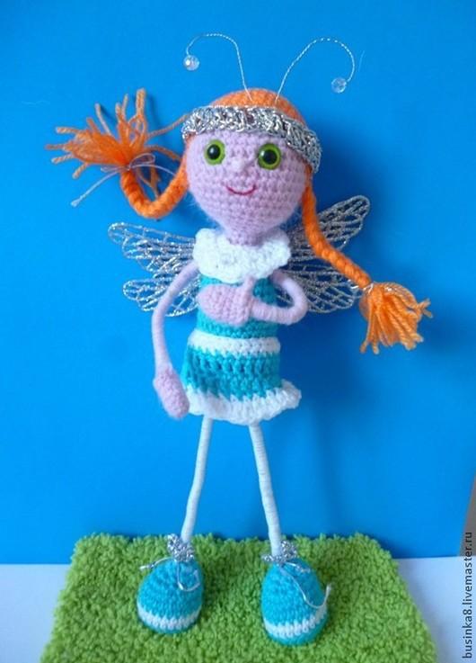 Славная девочка-Стрекозка милая, рыжая, озорная, неповторимая. Вязаная кукла