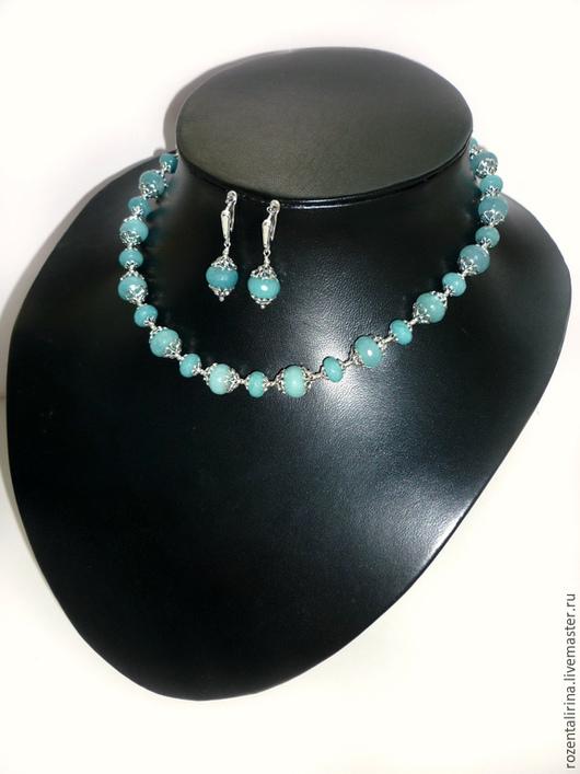Колье `Морской круиз`  выполнено из бусин натур.огранённого Аквамарина Качественная металлофурнитура цвета серебра.
