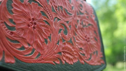 Женские сумки ручной работы. Ярмарка Мастеров - ручная работа. Купить Сумка кожаная с цветочным орнаментом. Handmade. Ярко-красный