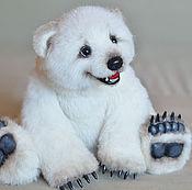Куклы и игрушки ручной работы. Ярмарка Мастеров - ручная работа Элвуд Полярный медвежонок. Handmade.