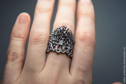 Кольца ручной работы. Ярмарка Мастеров - ручная работа. Купить кольцо из серебра с топазом Заколдованный Лес. Handmade. Широкое кольцо