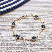 """Браслет из бусин ручной работы. Ярмарка Мастеров - ручная работа Позолоченный браслет с синими кристаллами """"Сапфир"""". Handmade."""