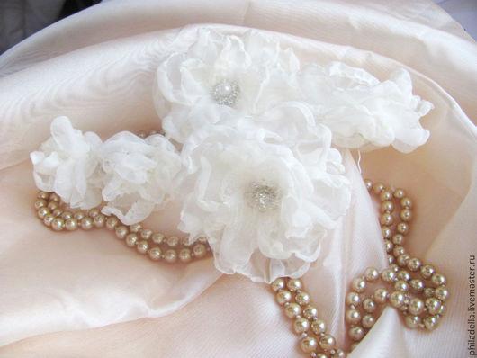 """Свадебные украшения ручной работы. Ярмарка Мастеров - ручная работа. Купить в наличии Шпильки, заколки для волос с цветами из ткани """"Зефир"""". Handmade."""