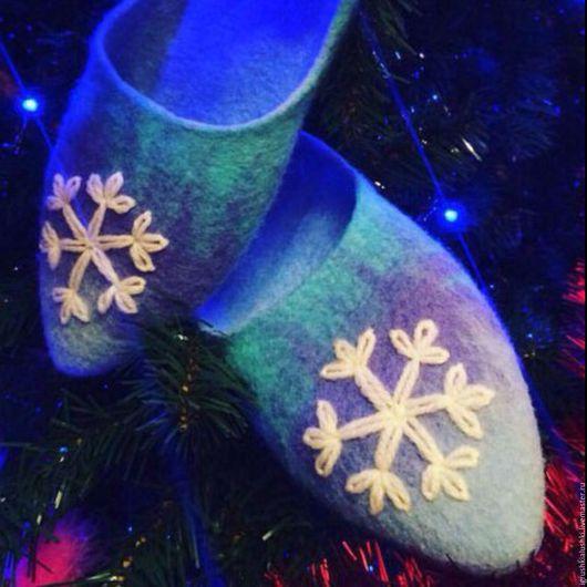 Обувь ручной работы. Ярмарка Мастеров - ручная работа. Купить Тапочки женские домашние из натуральной шерсти меринос.100% handmade. Handmade.