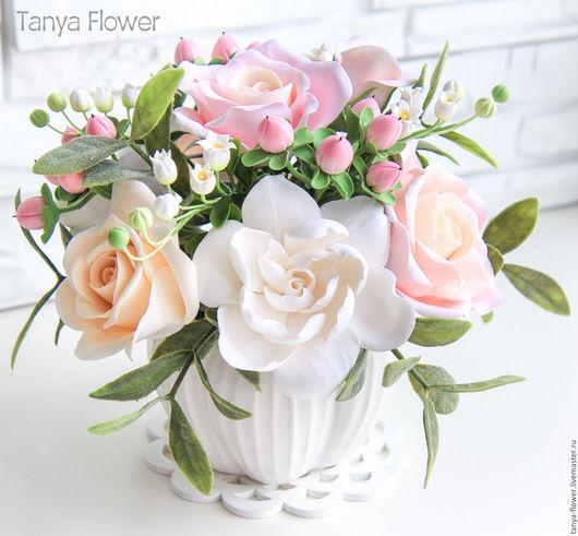 """Букеты ручной работы. Ярмарка Мастеров - ручная работа. Купить Букет цветов """"Розовое облако"""" с розами, ландышами и гиперикумом. Handmade."""