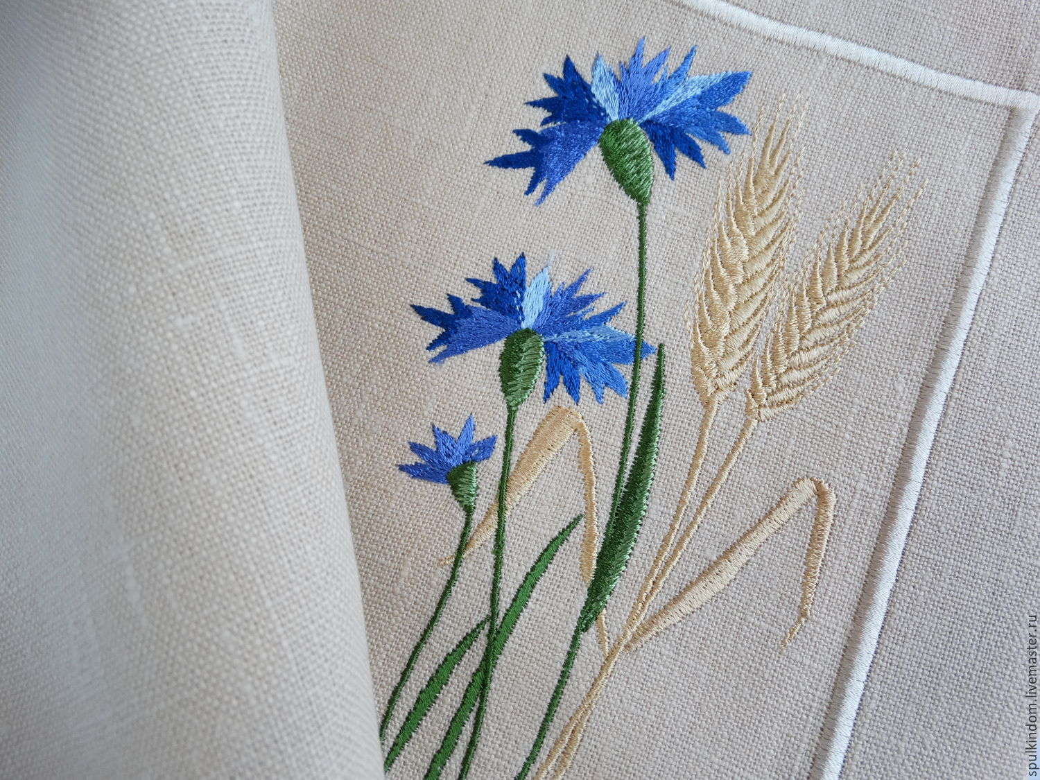 Plasmat under hot embroidery `Cornflowers and spikelets` `Sulkin house` embroidery workshop