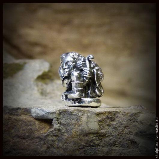 """Для украшений ручной работы. Ярмарка Мастеров - ручная работа. Купить Бусина """"Охотник"""" для темляков или браслетов , серебро 925. Handmade."""