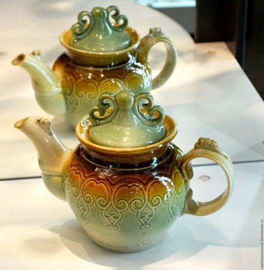 Винтажная посуда. Ярмарка Мастеров - ручная работа. Купить Интересный керамический чайник Волгоград (?). Handmade. Оливковый, волгоград