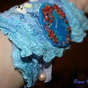 Украшения ручной работы. Ярмарка Мастеров - ручная работа Браслет-напульсник валяный Морской голубой шелковый нунофелтинг. Handmade.