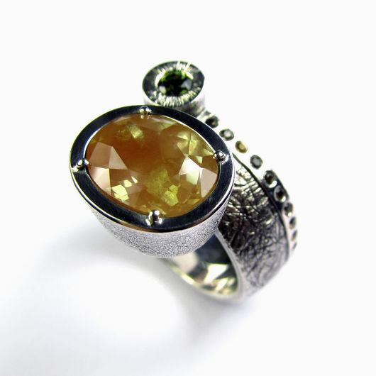 Кольцо `Третье космическое путешествие`